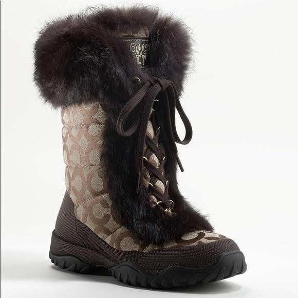 Coach signature Jennie brown fur boots